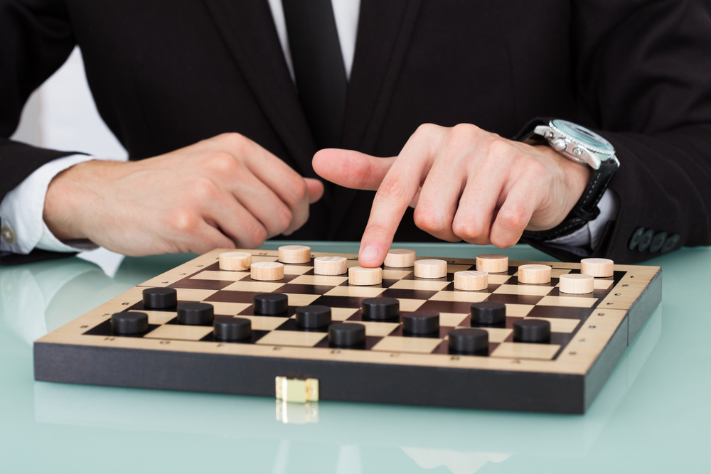 How To Play Checkers Like A Pro – History, Rules And Strategies