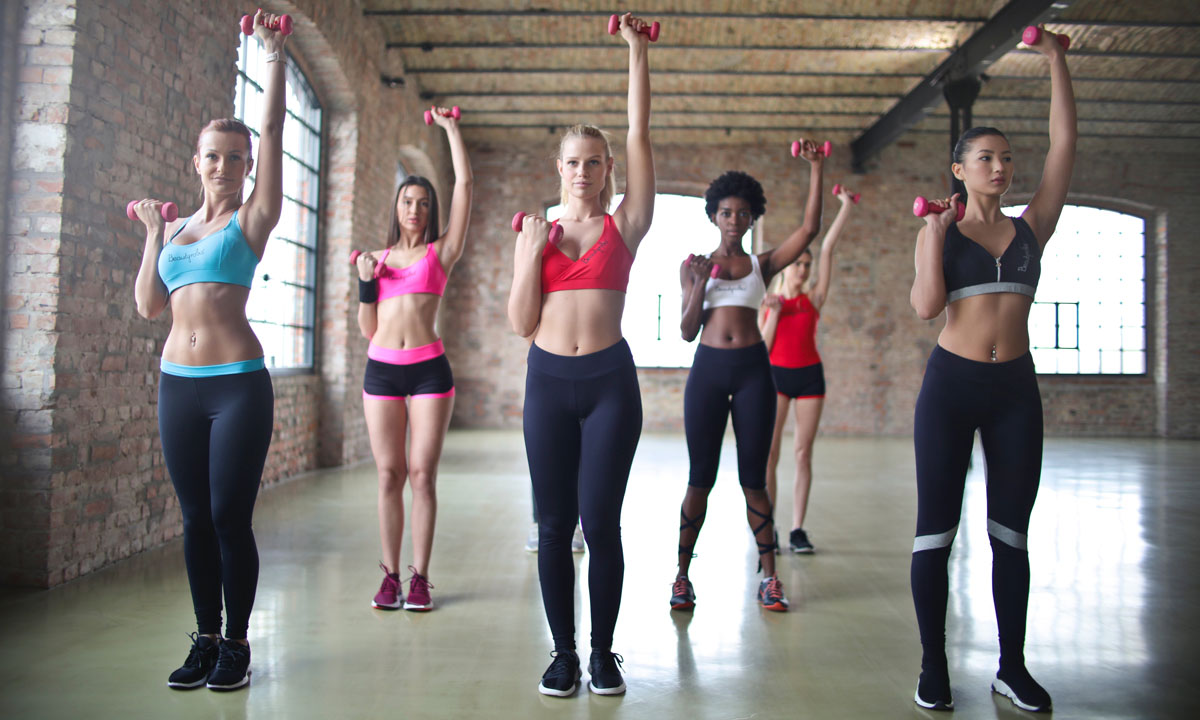 women doing workout